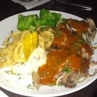 Pulled pork w/ mango BBQ sauce and mashed potatoes